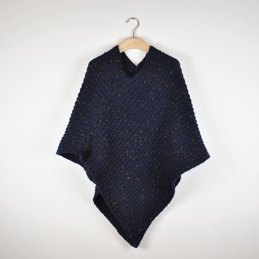 poncho alpaca tweed fatto a maglia